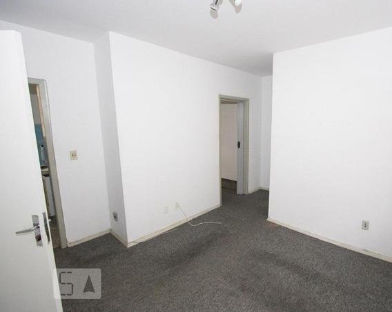 Apartamento Para Aluguel - Camaquã, 1 Quarto, 40 - 893053107