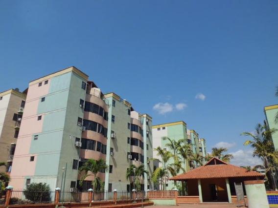 Apartamento En Venta Los Caobos Mz 19-7663