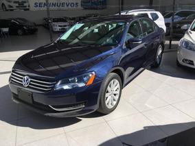 Volkswagen Passat 2015 4p Confortline L5/2.5 Aut R17