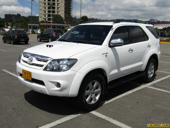 Toyota Fortuner At 3000cc Td Aa 4x4