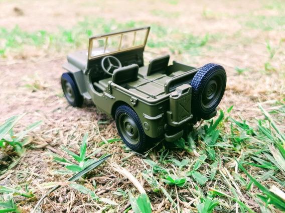 Jeep Militar En Escala 1.36 X 2