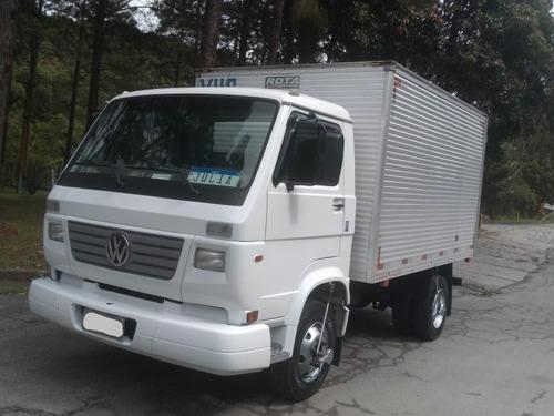 Imagem 1 de 14 de Volkswagen 8-120