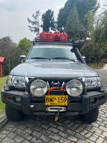 Nissan Patrol 2004 4.8 Y61 Grx 4x4