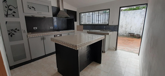Casa En Alquiler Colinas De Terepaima 20-21451 (04245563270) Nd