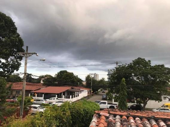 Amplia Casa En Venta En Chanis Panamá