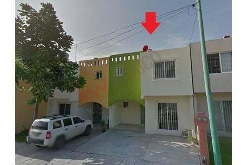 Casa En Venta En Tuxtla Gutierrez, Fracc. Villas Ensueño