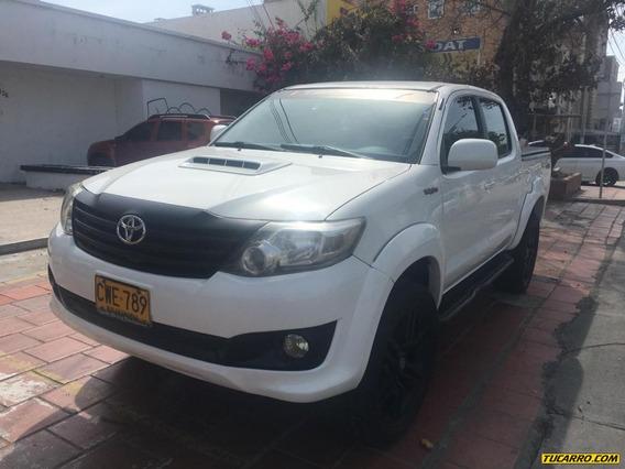 Toyota Hilux Trd Sport Fe 2.5 4x2 Mt