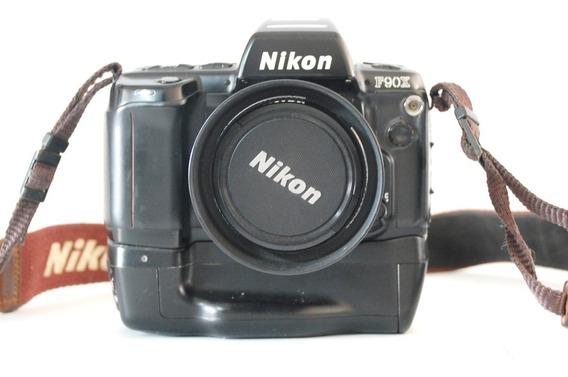 Camera Nikon F90x + Lente 28-80 - Usado
