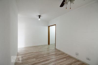 Apartamento No 3º Andar Mobiliado Com 2 Dormitórios E 1 Garagem - Id: 892879171 - 179171