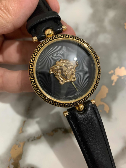 Reloj Medusa Versa Ce
