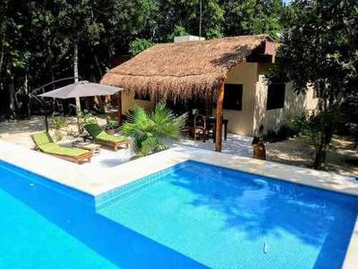 Rancho De 3 Casas En La Jungla Akumal, Quintana Roo P2681