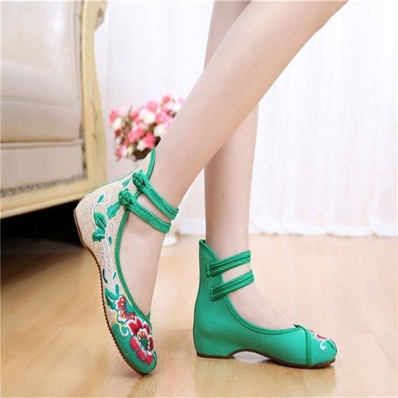 Sapato Bordado - Mary Jane