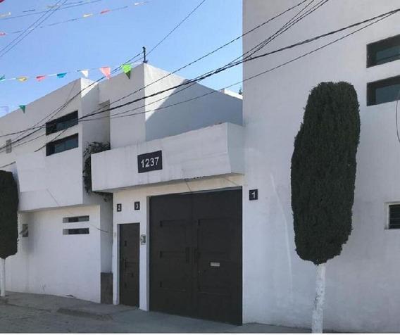 Hermoso Departamento En Excelentes Condiciones En Venta, Ubicado En San Miguel Totocuitlapilco