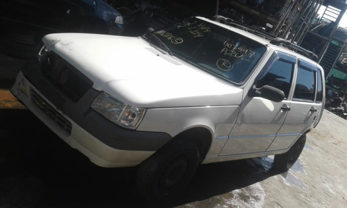Sucatas Fiat Uno Ano 2009 Só Para Retirada De Peças
