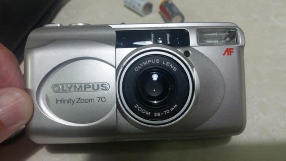 Câmara Olympus Infinity Zoom 70