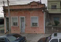 Oportunidad Casa De 4 Dormitorios A Reparar En Cerrito
