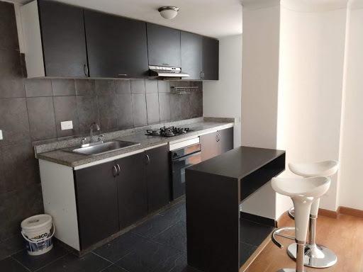Apartamento En Arriendo Santa Barbara Central 399-1189