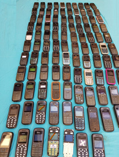 Lote Com 107 Celulares Nokia 1208 (leia A Descrição)