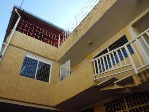 Oficina En Venta En Cabudare Centro, Al 20-750