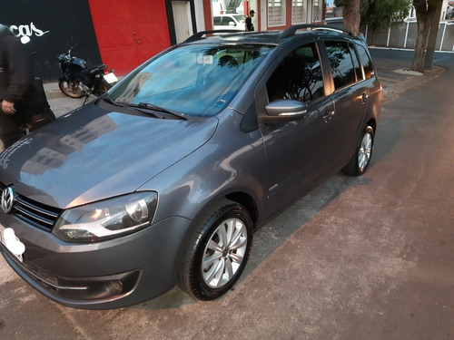 Imagem 1 de 8 de Volkswagen Spacefox 2011 1.6 Trend Total Flex 5p