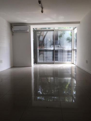 Alquiler Pocitos Mono Ambiente, Al Frente Por Escalera, Azot