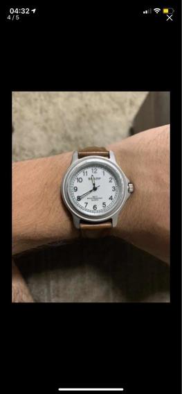 Relógio Sharp
