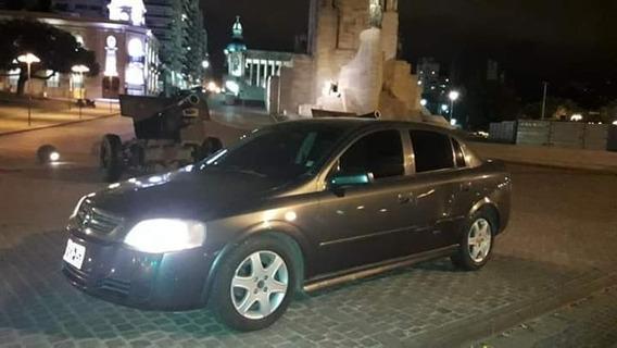 Chevrolet Sedan 5 Puertas