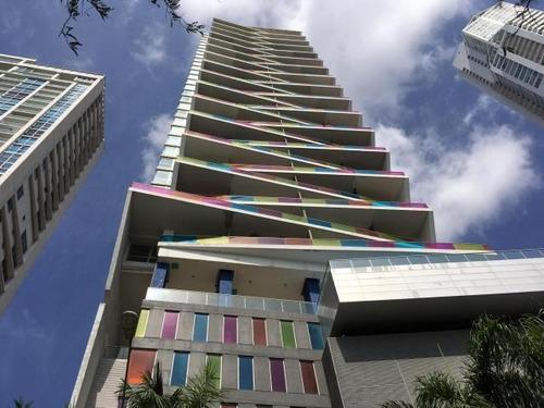 Imagen 1 de 10 de Venta De Apartamento En Element, Av. Balboa 19-2564