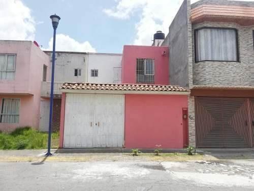 Casa En Venta En Fraccionamiento Cedros 4000, Lerma, Toluca