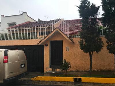 Hermosa Casa En Fraccionamiento Cerrado Con Mucha Vigilancia