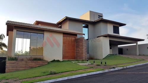 Condomínio Residencial Bella Morada - 3 Suítes - 810m2 - Alto Padrão - Piscina - Mi862