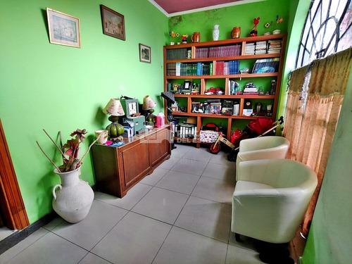 Casa En Centro San Carlos- Ref: 672