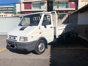 Caminhonete Iveco 3510 Com Carroceria