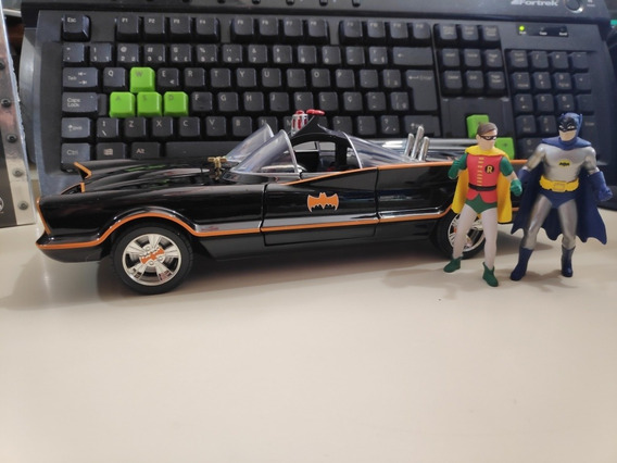Batmóvel 1966 Clássico Do Cinema+batman+robin Escala 1/18