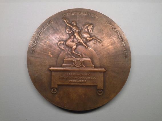 Medalha Monumento Cívico A Memoria De Julio De Castilho 1912
