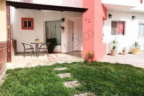 Casa Equipada En Venta En Villas De Las Perlas, Casas En Venta