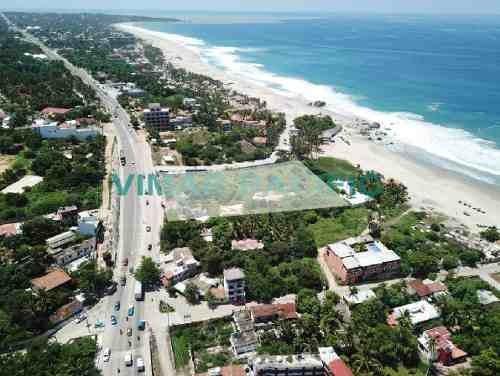 Lote Con Frente De Playa En Av. Del Morro Puerto Escondido