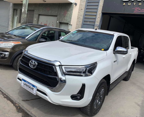 Toyota Hilux  2.8 Cd Srv 177cv 4x4 Blanca E/inmediata!!