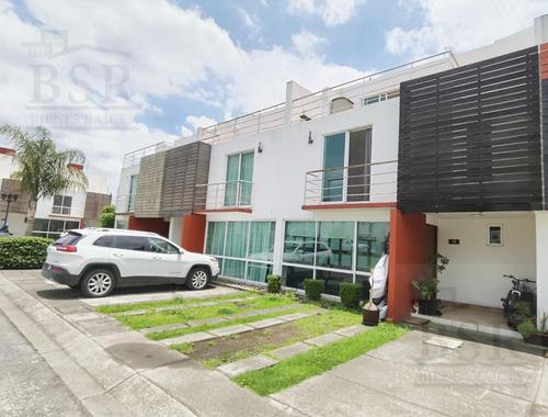 Imagen 1 de 23 de Casa En Condominio - San Cristóbal Huichochitlan