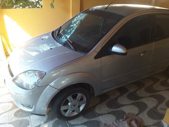 Vendo Fiesta Sedan 1.6 Completo.