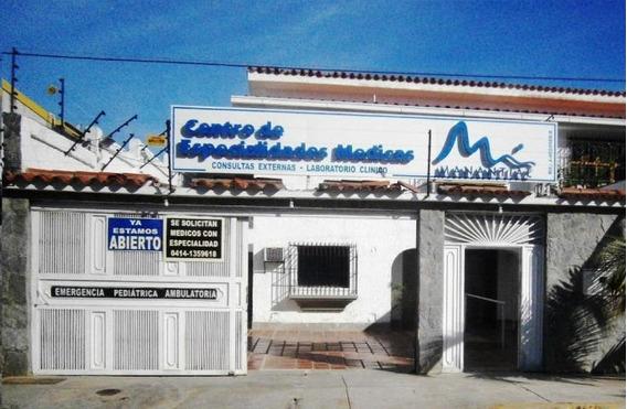 Casas En Alquiler Los Corales 20-20658 Rah Samanes