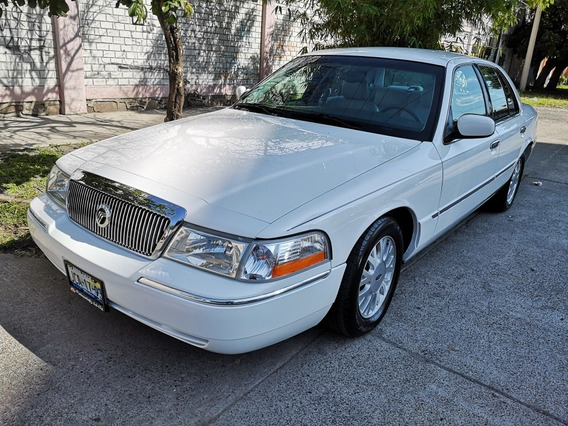 Ford Grand Marquis Piel