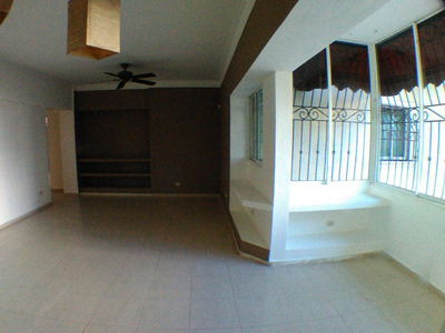 Apartamento En Evaristo Morales 2 Hab 3 Baños 150 Mts2