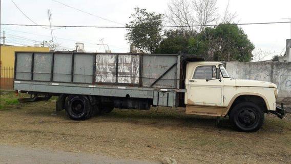 Camión Dodge 400