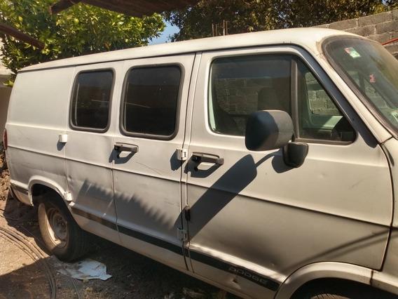 Dodge Ram 1500 Van