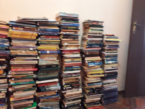 Kit 40 Livros De Literatura Estrangeira E Nacional.