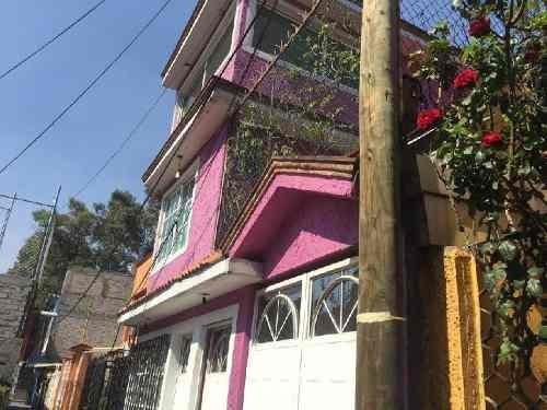 Casa En Venta En Coyoacan Colonia Ctm , Casa En Venta Cinco Recamaras Con Closets, Cocina Integral.