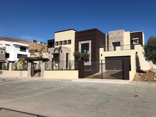 Se Vende Casa Con Estupenda Vista Al Mar En Ensenada, Baja California.