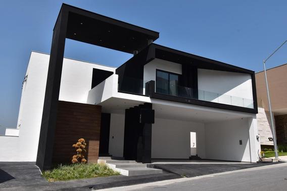 Casa En Venta En Sierra Alta - Zona Sur Y Carretera Nacional (ljgc-aah)