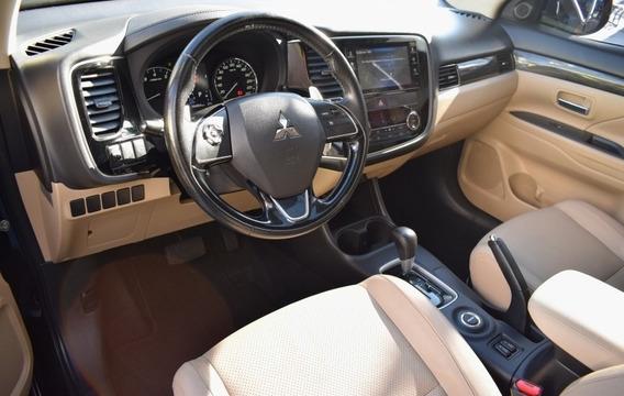 Outlander 3.0 Gt 4x4 V6 24v Gasolina 4p Automatic 2015/2016